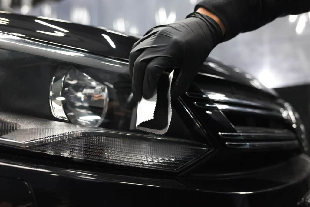 Applying of protective nanoceramics on car headlights